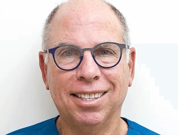 """ד""""ר רוני ז'יץ: אורטודנט אינויזליין"""