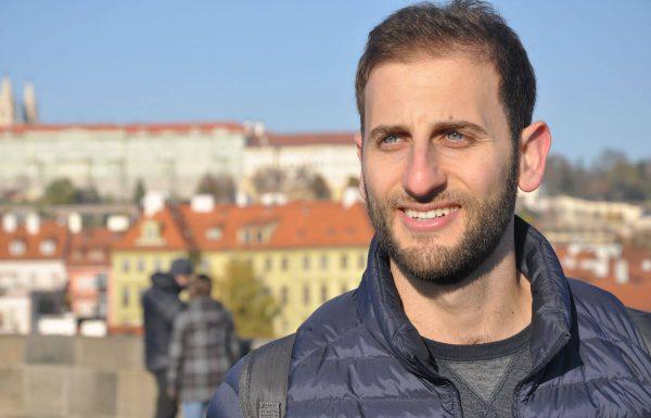 סלאם עליכום: הסיפור המופלא של הישראלי שמלמד ערבית בדרך הכי אותנטית שיש